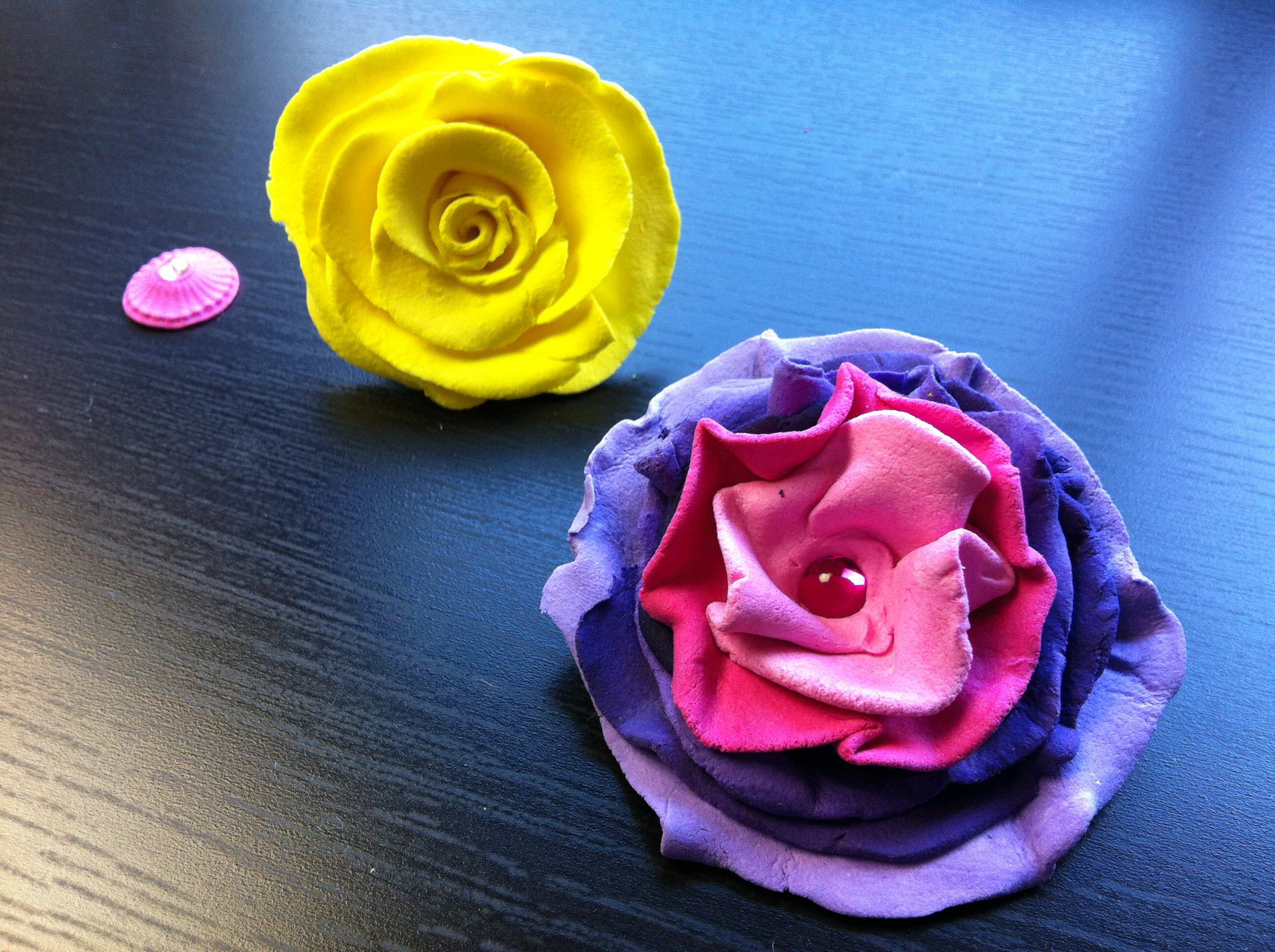 howto make clay flowers